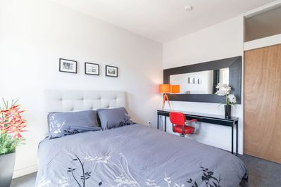 Le Laurier Cottage: 2 Story House with Backyard + Breakfast on Demand -  Laurier-Est