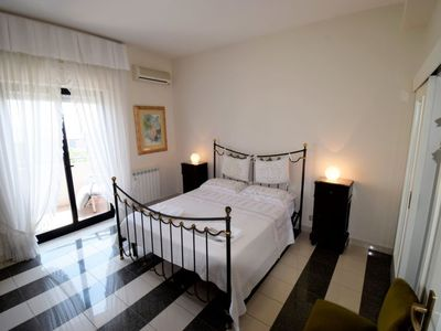 Photo for Apartment GessHome in Giarre - 6 persons, 3 bedrooms