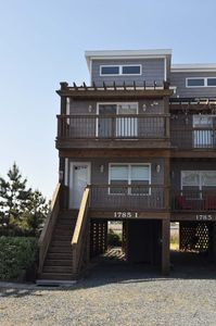 Photo for Serenity Now! 3br Townhome w/ Private Beach Access - NEWLY RENOVATED!!!