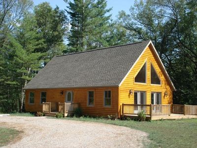 Photo for Cabin, 3 Bedrooms + Loft, 2 Baths, (Sleeps 8-12)