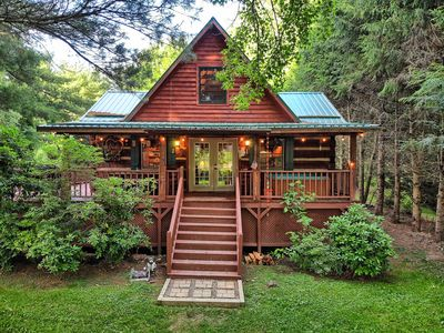 Photo for Bridgepoint Cabin ~ Beautiful Cabin in the Banner Elk, Valle Crucis Area