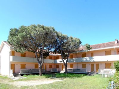 Photo for Apartment Lucrezia (ROM130) in Rosolina Mare - 4 persons, 1 bedrooms