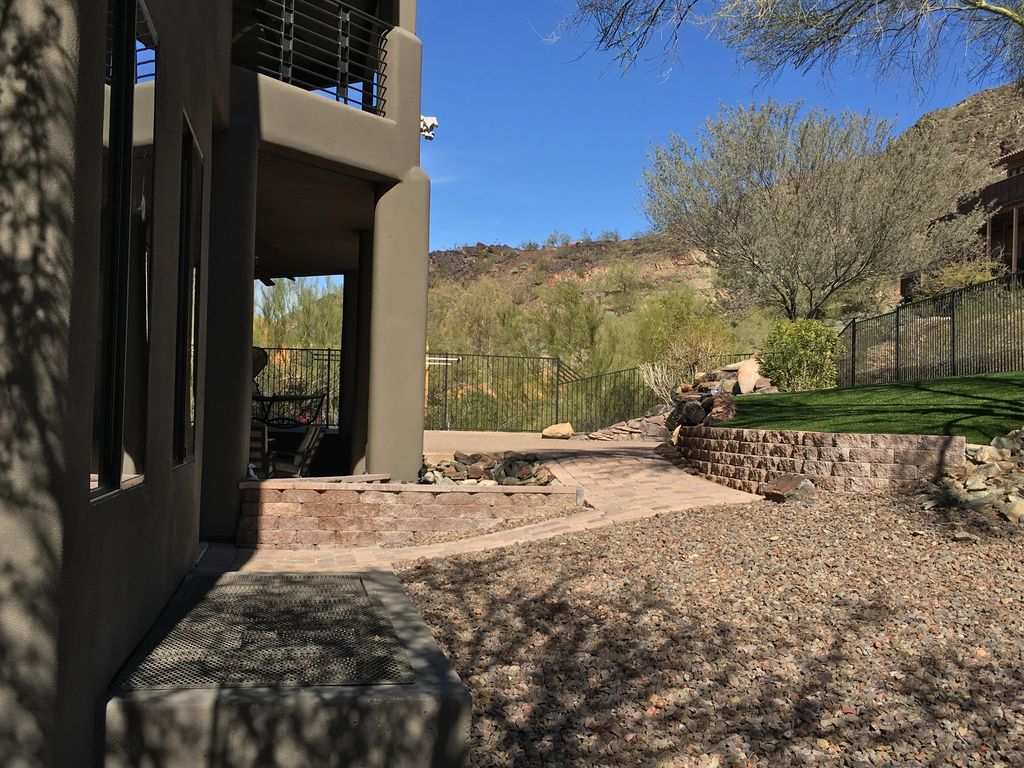 Modern House Rental Mtncity Views Northern Arizona and Canyon