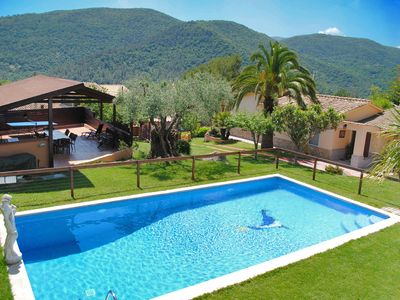 Photo for Breathtaking mountain views with big pool, close to Banyoles lake and beaches