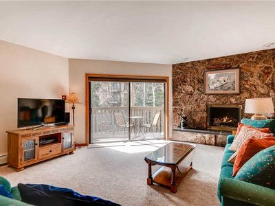 Photo for Vail Lionshead, mountain facing, 2 min walk to lifts | Westwind 206