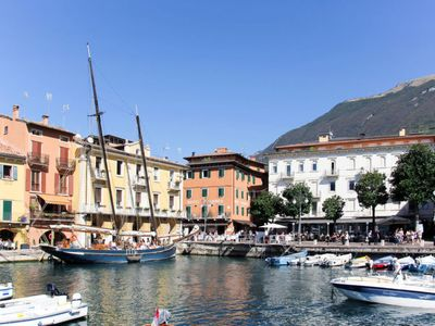 Photo for Apartment Casa Belvedere (MAL160) in Malcesine - 4 persons, 1 bedrooms