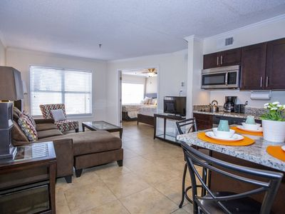 Photo for 1 bedroom apartment just 10 minutes from Disney