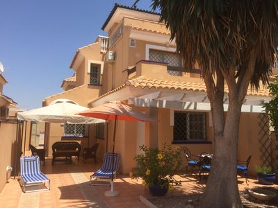 Photo for Holiday Villa in the Sun