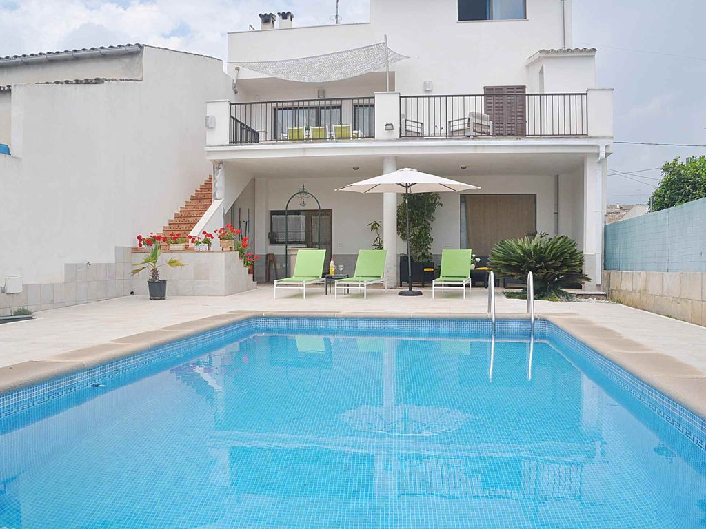 Holiday townhouse s 39 aigua with private pool homeaway Holiday cottages with private swimming pool