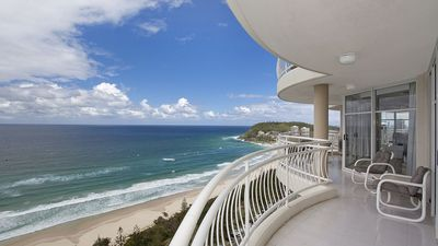 Photo for Beachfront 26th floor Sub penthouse  - views for days!