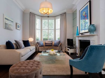 Photo for A fabulously located 4 bed home right opposite Clapham Common Park (Veeve)