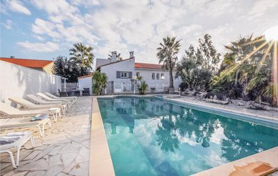 Photo for 4 bedroom accommodation in Baixas