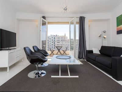 Photo for 2 bedrooms: 200m from Croisette
