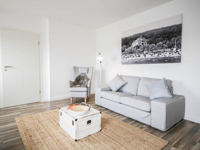 Photo for Smartly furnished on 36 m ², the apartment 'LEE' offers an immediate holiday feeling on the beautiful Baltic Sea. The apartment was completely refurbished in 2018 and now shines with new equipment. Dogs are welcome!