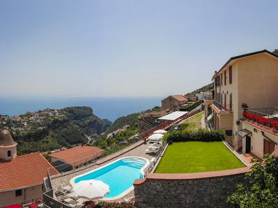 Photo for Apt Superior Ilaria in Villa Laura near Ravello