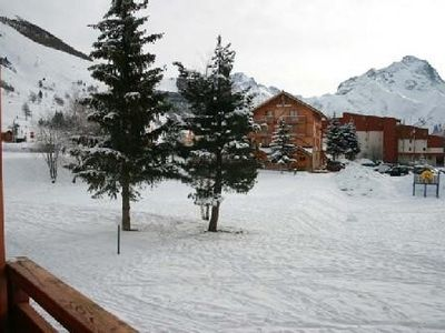 Photo for Les 2 Alpes, very nice renovated studio of 33 m2 foot tracks, resort center.
