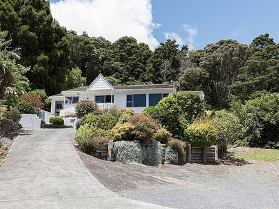 Photo for Central Spacious Family House - Paihia Holiday Home