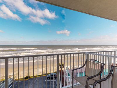Photo for Condo w/ furnished balcony, shared pool, hot tub, game room, gym, & beach access