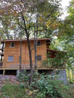 Secluded gated community minutes from N.O.C, Bryson City and Lake Fontana
