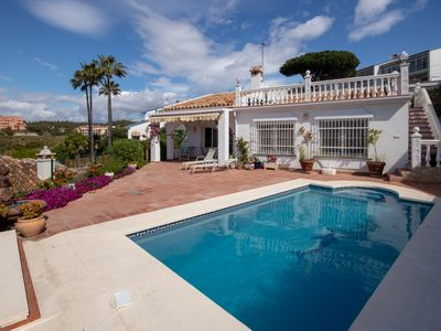 Photo for Lovely 2 Bedroom Villa with Private Pool and Sea Views in El Faro
