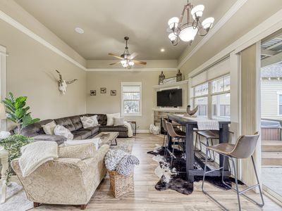 Photo for Magnolia style home w/private hot tub, golf nearby, & shared resort amenities!