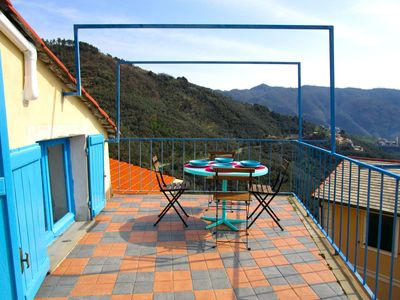 Photo for A nest close to Cinque Terre, wonderful terrace with stunning view