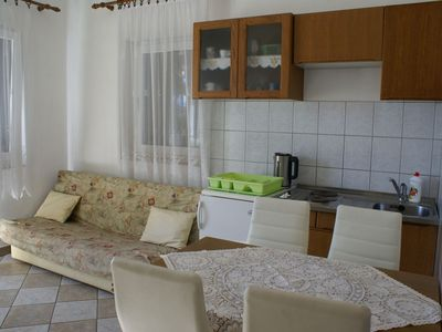 Photo for Ground floor holiday rental with satellite TV - Gill available