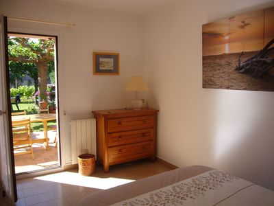 Photo for B & B on the ground floor in villa close of 13008 Marseille creeks