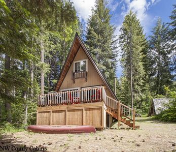 Photo for Get back to the Simple Life at this charming little cabin, hot tub
