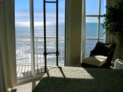 Photo for Affordable Luxury Gulf-Front 3 BR/3 BA Condo - Palacio 1201