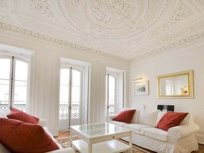 Photo for Beautiful Renovated Apartment Built Early 1800's In The Embassy Area Of Lisbon