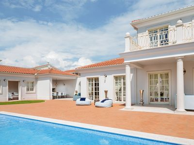 Photo for Top exclusive Villa Lea with pool, garden, grill, nearby sea