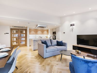 Photo for MARYLEBONE CHIC & LOVELY 2Bed Apt – OXFORD STREET