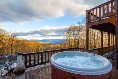 Sit in the hot tub with nature on all sides, stars above and views of the Valley