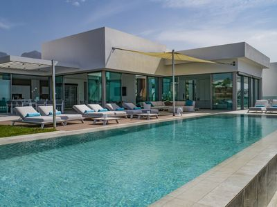Photo for Plush Villa in Adeje with Infinity Pool, Sea-View & Large Terrace