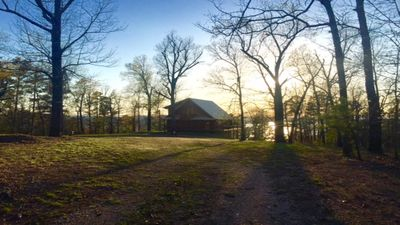 10 secluded acres!
