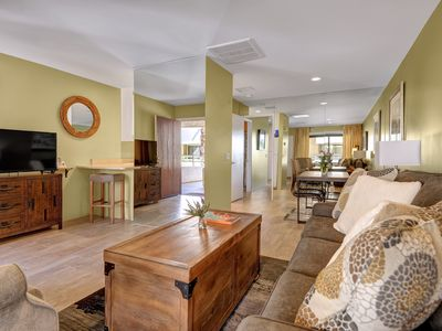 Photo for Downtown Pet Friendly Condo/Nicely Remodeled 1 bdrm +Tennis+Pool & Spa - Biarrit
