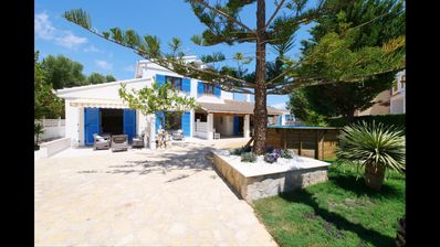 Photo for Oms. Very nice and Comfortable villa near the sea