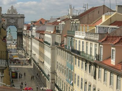 Photo for Your home right in the heart of Lisbon! with a balcony to the Augusta Street!