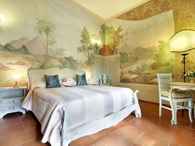Oriuolo 2 apartment in Duomo with WiFi, integrated air conditioning (hot / cold) & lift.