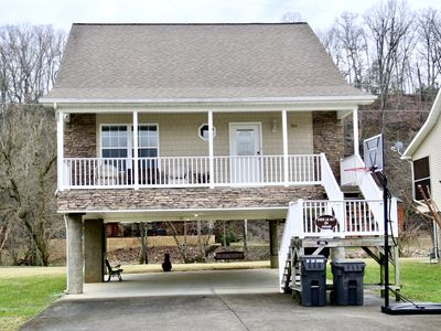 Photo for On the RIVER! RIPKEN EXP- 3.5 miles- mins from P. Forge/Dolly/Gatlinburg/Le Cont