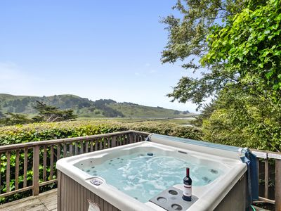 Photo for Castle Crag ~ Enjoy the Views, Soak in the Hot Tub! Close to the Ocean!