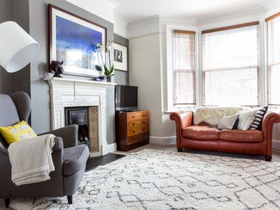 Photo for Spacious Fulham 2 Bedroom with Roof Terrace