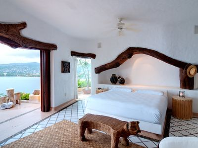 Photo for Seafront Luxury mexican style Villa