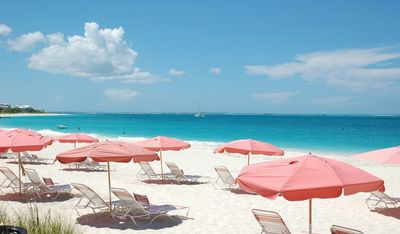 Grace Bay Condo - steps for White sand and Sunshine. Ocean Club West Plaza