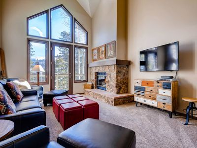 Photo for (DISCOUNTS AVAILABLE) 3bd/3ba townhome  800 ft to lift/ski run, 2 blks to MainSt