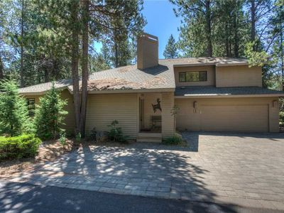Photo for Beautiful Custom Home with Golf Course View!
