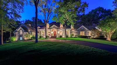 Photo for 6 bedrooms, 5 bathrooms in a 6000 square feet home.