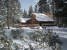Great ski house / Flat driveway, 2-car garage,  20 minutes to Squaw or Northstar