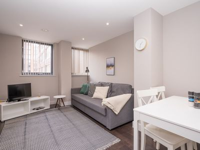 Photo for Quiet & comfortable city centre flat